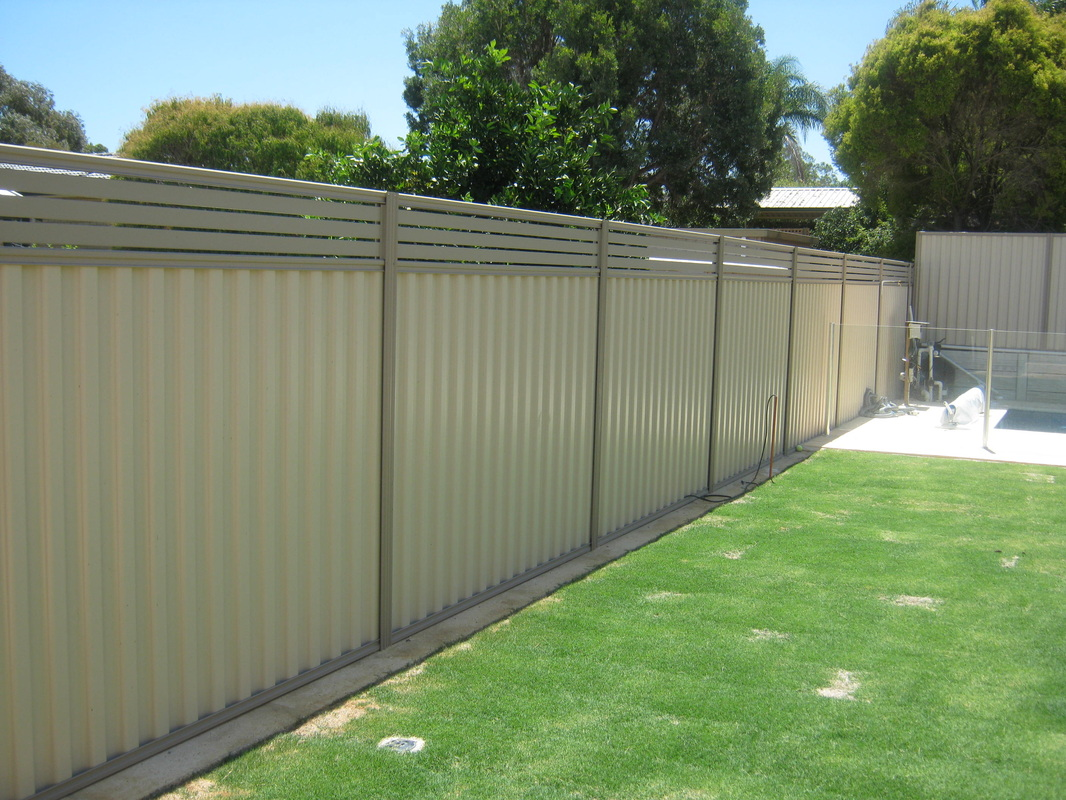 Colourbond Fencing Aluminium Slats Advanced Limestoneand
